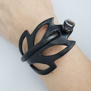 Bauxo Black Leaf Leather Wrap Bracelet